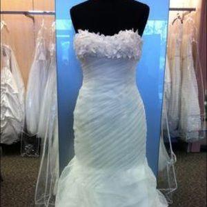 Galina Signature wedding dress swg341